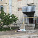 В Кишиневе молодой человек скончался, упав с 13 этажа (ФОТО)