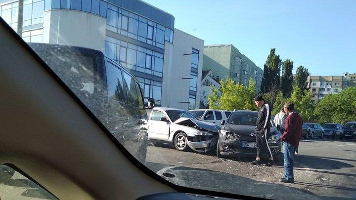 На Буюканах столкнулись два автомобиля