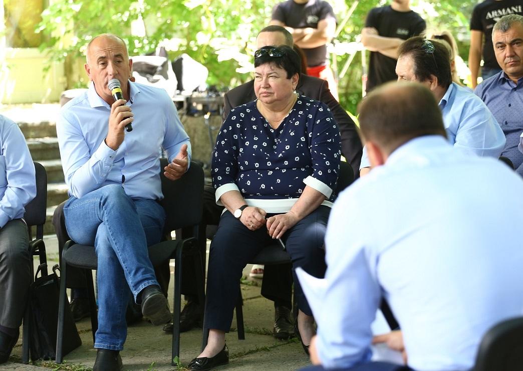 Примары пригородов Кишинева пожаловались на игнорирование их проблем генпримаром в последние годы (ВИДЕО)