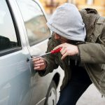 В Бендерах мужчина угнал автомобиль с охраняемой стоянки