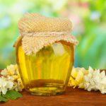 В этом году в Молдове будет меньше акациевого меда, а стоить он будет дороже