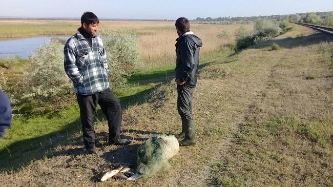 В Кагуле пятеро рыбаков понесли наказание за нелегальную ловлю рыбы (ФОТО)