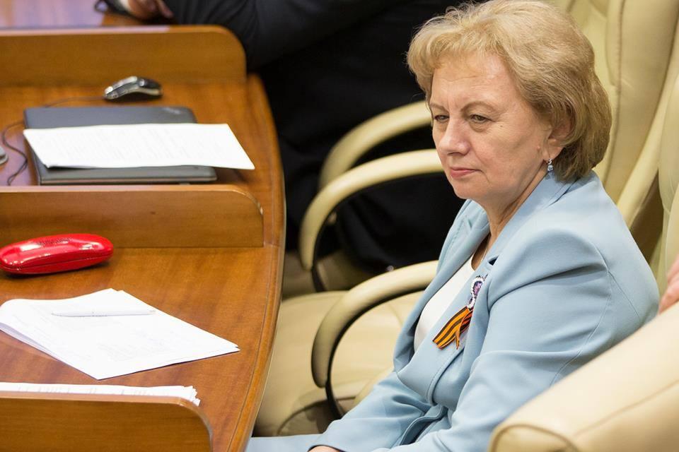 Сохраняя верность традиции: социалисты пришли на заседание парламента с георгиевскими лентами (ФОТО)
