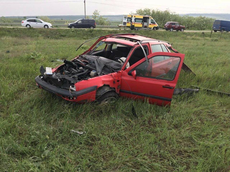 Смертельное ДТП в Страшенах: водитель скончался на месте