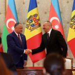 Додон поздравил президента Азербайджана со 100-летием республики