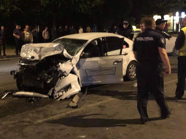 Двое пострадавших в аварии на Рышкановке попали в больницу в тяжёлом состоянии (ВИДЕО)
