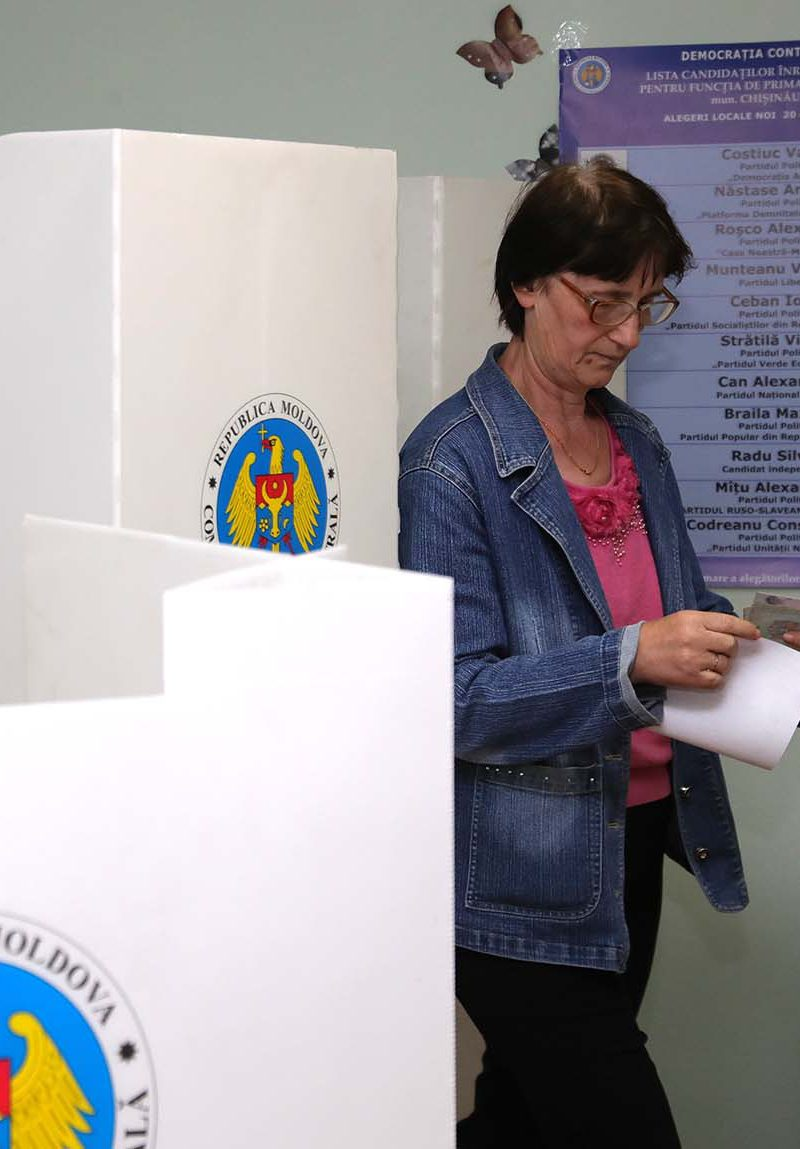 Запущено онлайн-голосование за кандидата в генеральные примары Кишинева перед вторым туром выборов (ВИДЕО)