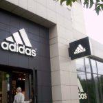 Adidas окончательно проиграла иск к владельцу кишиневского бутика