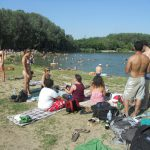 Загорать можно, купаться – нельзя: в некоторых столичных озёрах нашли кишечную палочку