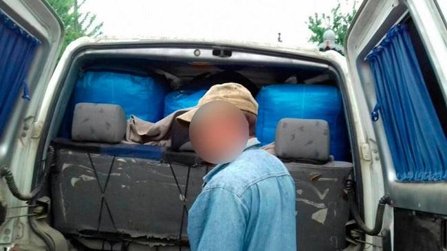 Молдаванин пытался незаконно ввезти в страну товар на 600 тысяч леев (ФОТО, ВИДЕО)