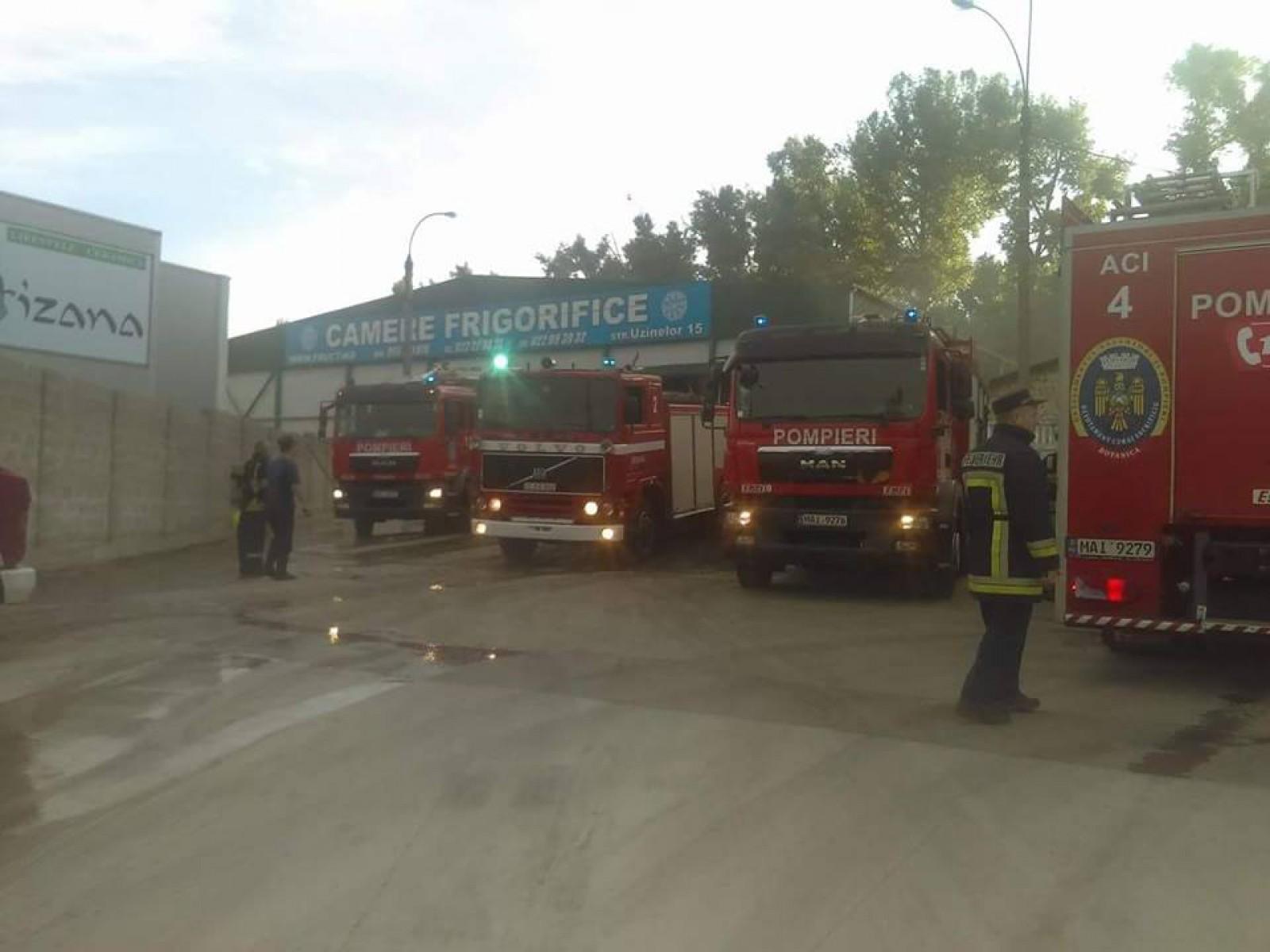 В холодильной установке в Кишиневе этим утром вспыхнул пожар