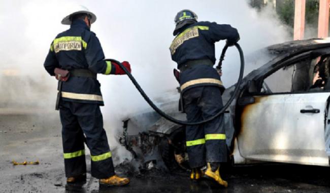 Пожар в Кишинёве: по неизвестной причине загорелся автомобиль (ВИДЕО)