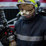 Автоцистерна с горючим едва не загорелась на трассе в День Победы (ВИДЕО)