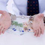 НАЦ задержал адвоката, предложившего заключённому освободиться раньше срока за 30 тысяч евро