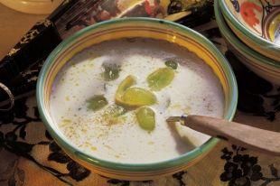Холодный крем и пармская ветчина. Готовим модные освежающие супы