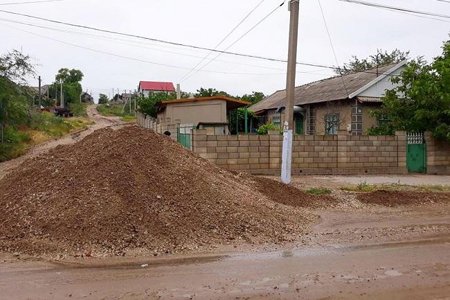 Ливень в Комрате разрушил более 20 км дороги и затопил сотни домов (ФОТО)