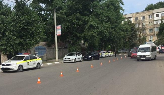 Проверки на дорогах Бельц: патрульные ищут водителей, уклоняющихся от штрафов