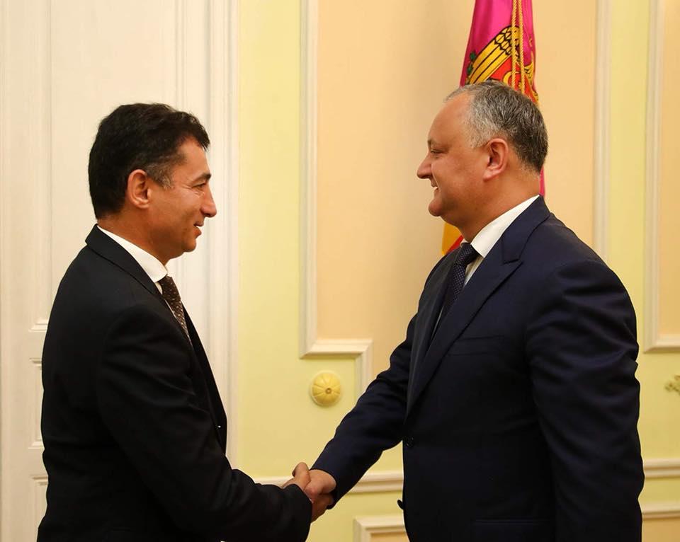 Президент встретился с послом Азербайджана в Молдове