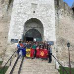 По следам Штефана Великого: более 50 молодых людей участвовали в экскурсии, проходящей под патронатом президента (ФОТО)