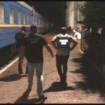 """Сотрудники ГП """"Железная дорога"""" на протяжении 2 лет передавали контрабандные сигареты в Бухарест (ВИДЕО)"""