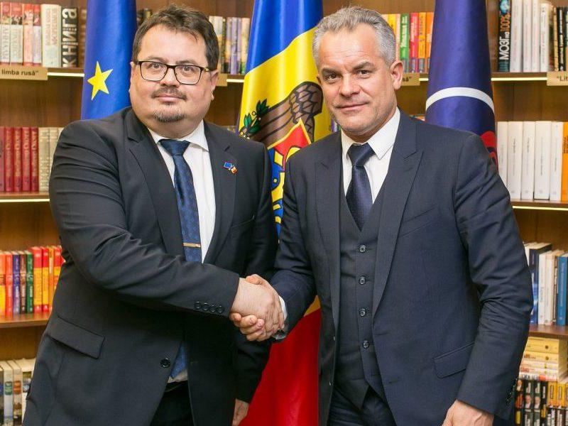 Цырдя: У вас еще есть вопросы, почему Плахотнюк обеспечил победу Нэстасе на выборах мэра?