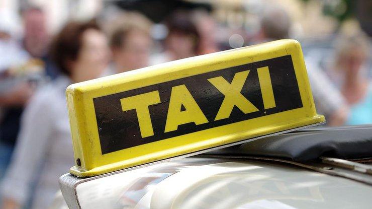 13 водителей такси оштрафованы на 45 тысяч леев