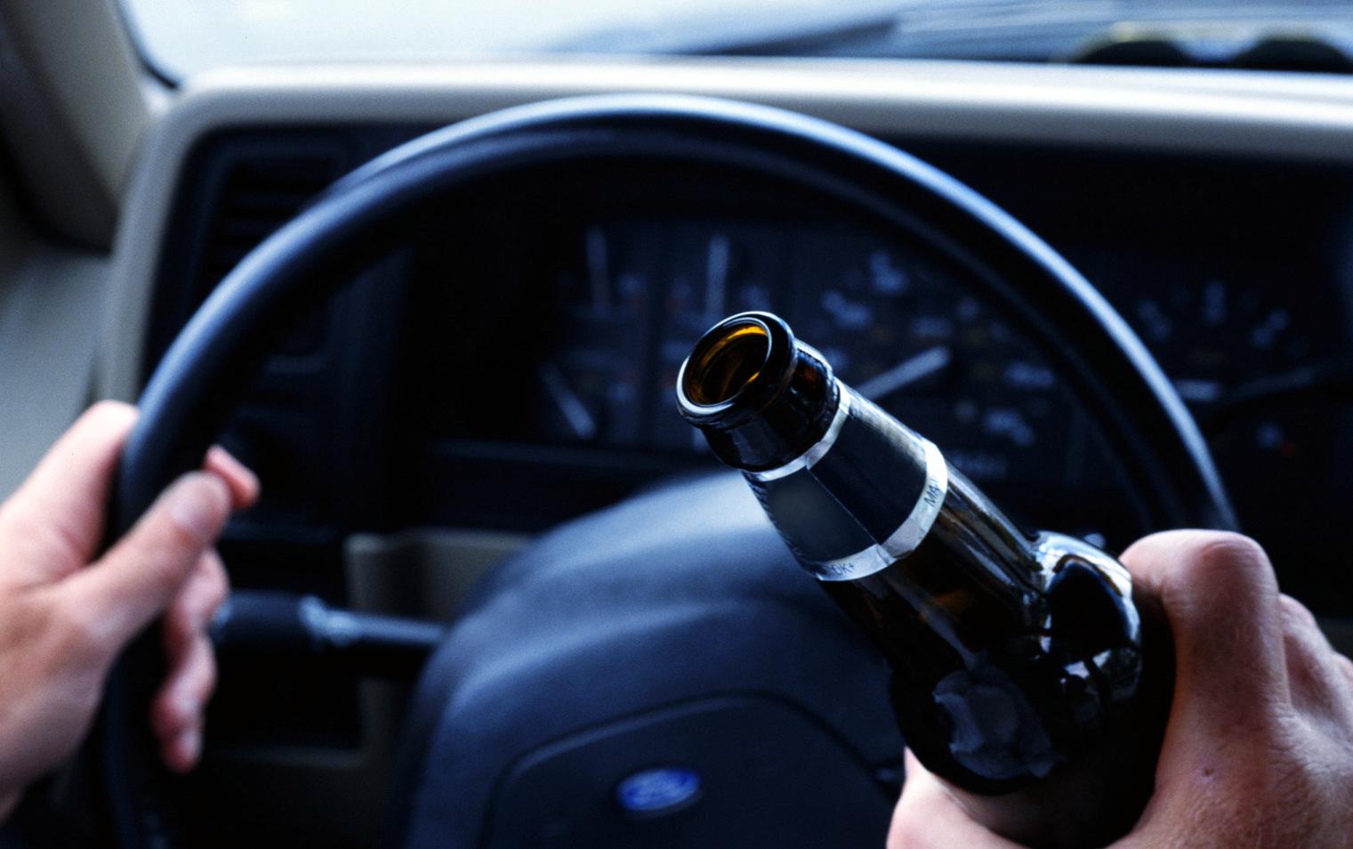 С почином! У пьяного мужчины за рулём отобрали водительские права