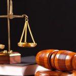 Столичному адвокату грозит до 5 лет тюрьмы: он обещал за взятку освободить осужденного из-под домашнего ареста