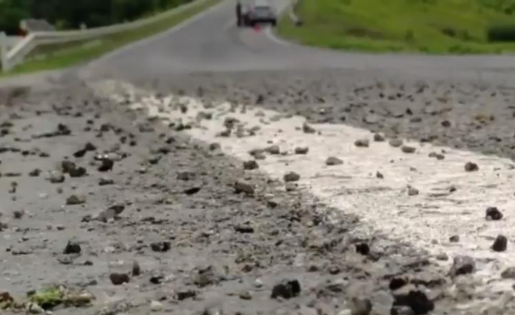 Владельцы автомобилей, пострадавших от щебня на Леушенской трассе, получат компенсацию