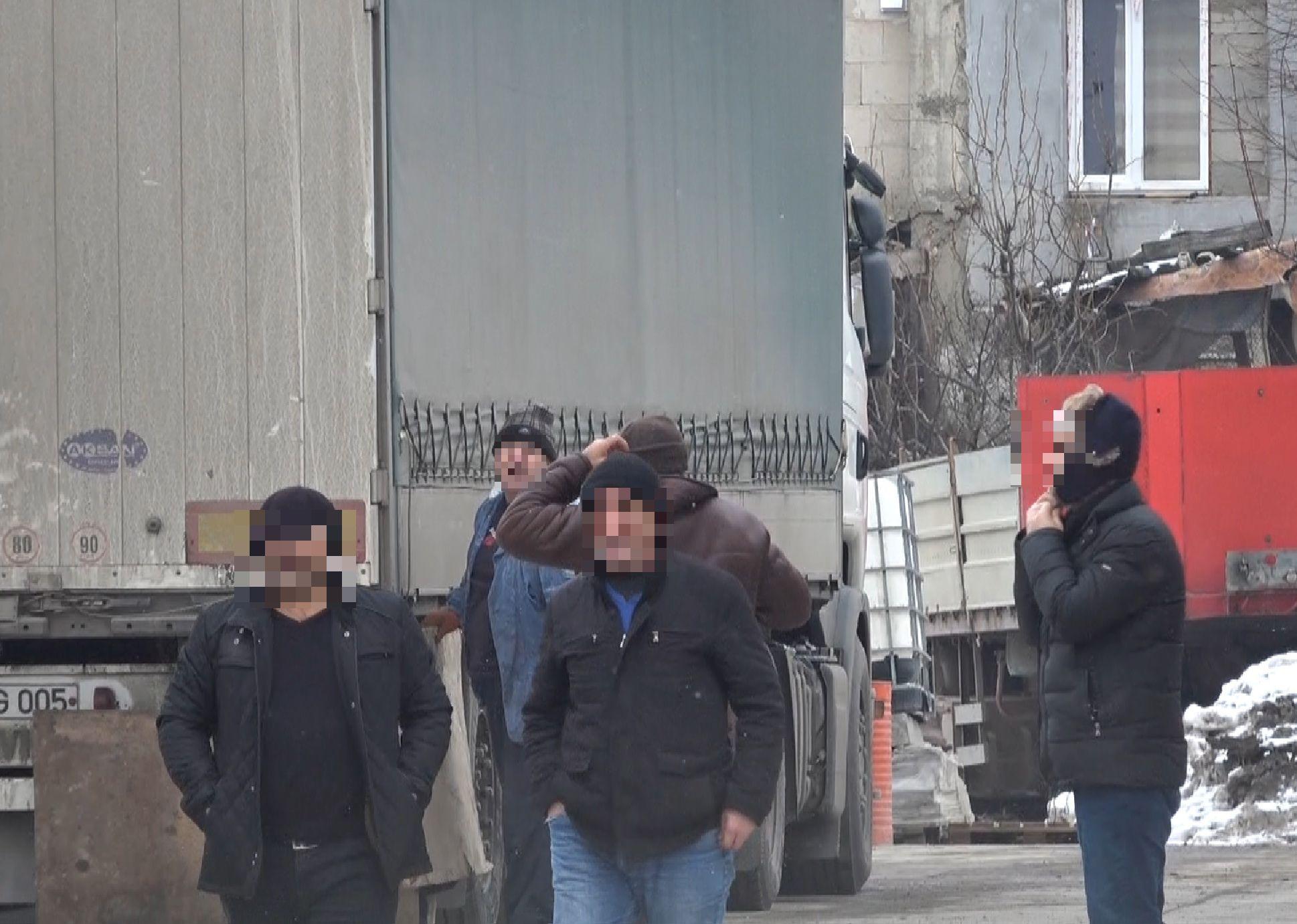 Около 80 кг героина обнаружено на складе в Яловенах (ФОТО)
