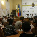 Стерилизация, учёт животных, четкий регламент: в Кишиневе обсудили пути решения проблемы с бездомными животными