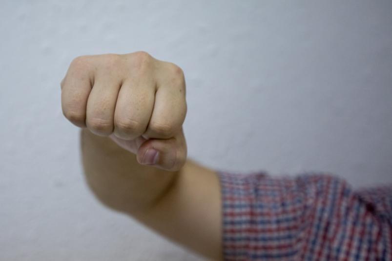 Сумкой и кулаками: в Тирасполе в двух семьях произошли скандалы с избиением