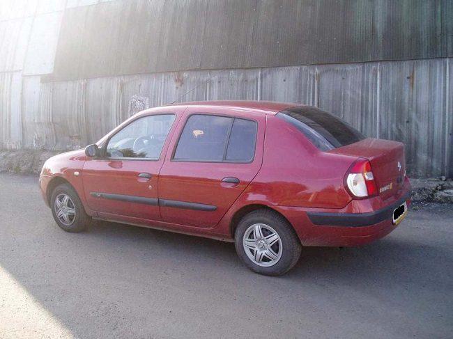 Страна чудес: в Молдове неизвестные угнали автомобиль на 3 часа