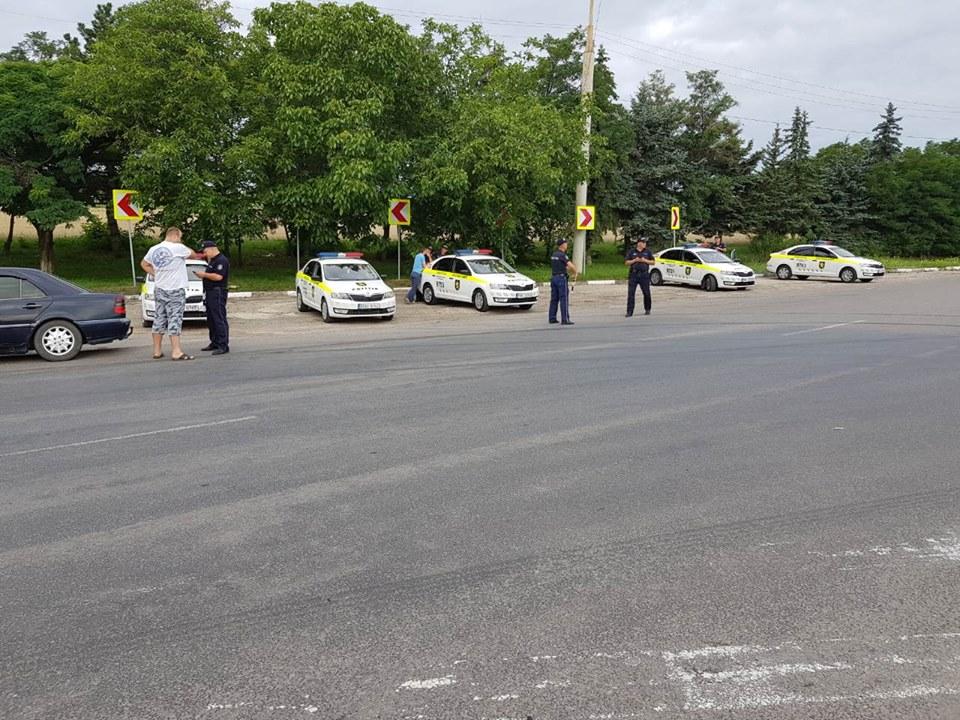 За несколько часов патрульные остановили на дорогах страны 260 водителей