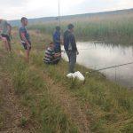 """Правоохранители """"свернули удочки"""" четверым рыбакам, находившихся в запретной зоне (ФОТО)"""