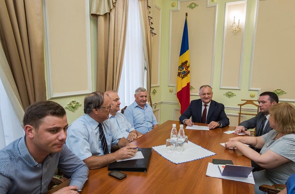 Президент обсудил важные вопросы с главами комиссий Совета гражданского общества
