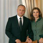 Игорь и Галина Додон решили помочь 4 обездоленным семьям обрести новые дома