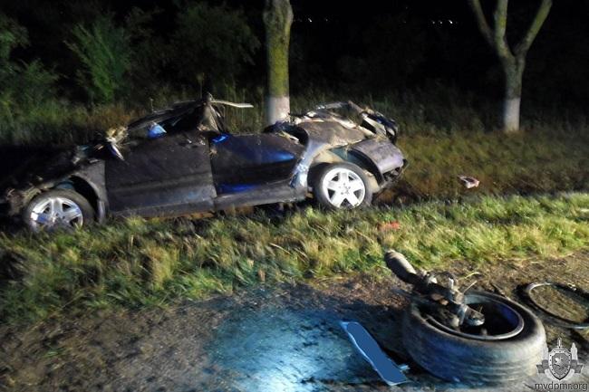 В Приднестровье водитель легковушки скончался в страшном ДТП (ФОТО)
