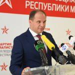Ион Чебан сдержал слово: документы столичной примэрии будут переведены на русский и английский языки (ВИДЕО)