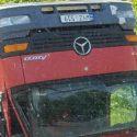 Зрелищное ДТП на въезде в Кишинев: перевернулся грузовик