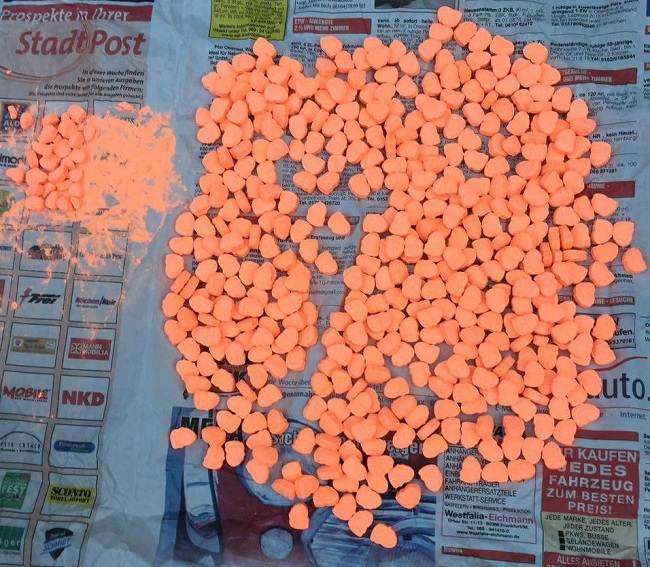 В столице задержаны члены преступной группировки по подозрению в контрабанде и продаже наркотиков (ВИДЕО)