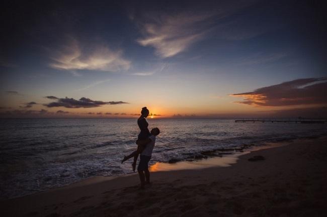 Внимание! На некоторых пляжах Болгарии несовершеннолетние «разводят» пьяных туристов