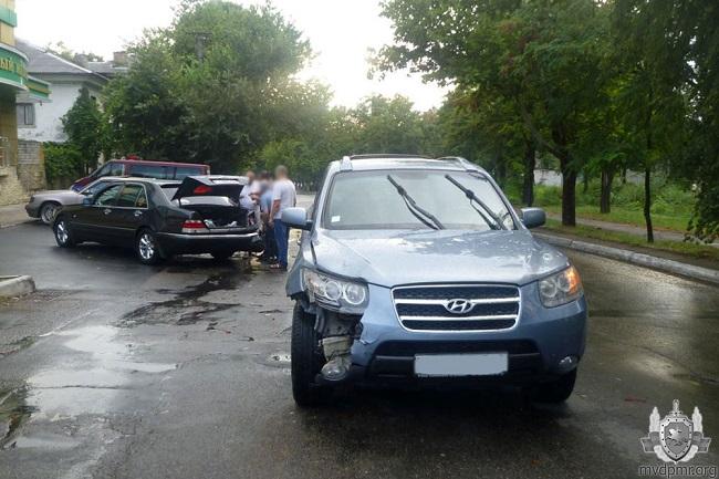 Одно ДТП и 4 повреждённые машины: таксист спровоцировал цепную аварию в Приднестровье (ФОТО)