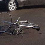 В Дубоссарах подросток влетел на велосипеде в иномарку