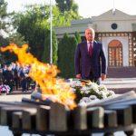 Додон возложил цветы на мемориальных комплексах «Вечность» и «Шерпенский плацдарм»: Вечная память героям! (ФОТО)