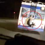 Очередной «зацепер» проехался бесплатно, повиснув на столичном троллейбусе (ВИДЕО)