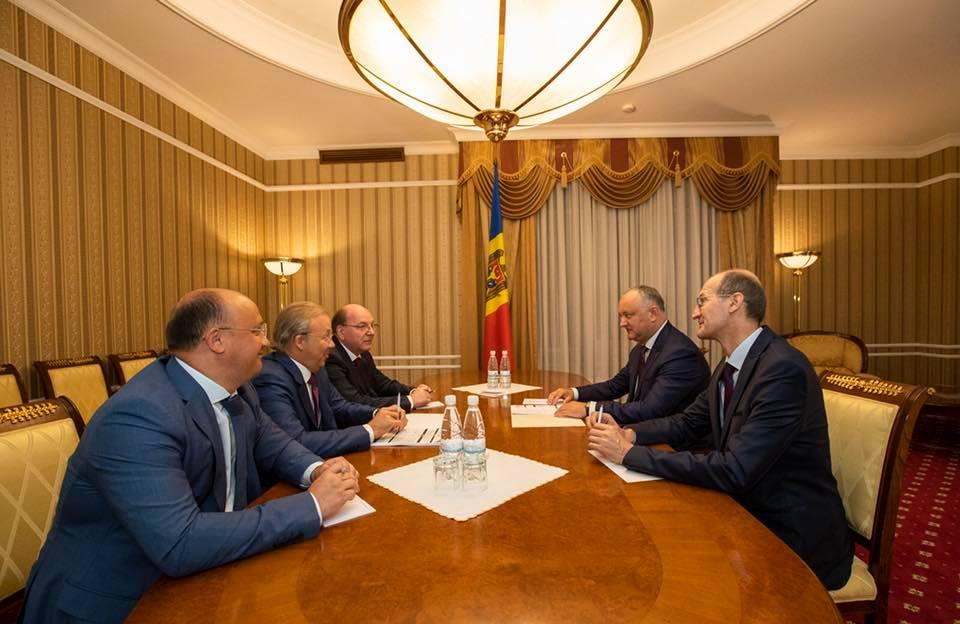 На встрече с российскими партнерами президент Молдовы обсудил подготовку к Экономическому форуму