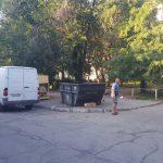 Водитель из Бендер, выезжая с парковки, сбил пенсионерку (ФОТО)