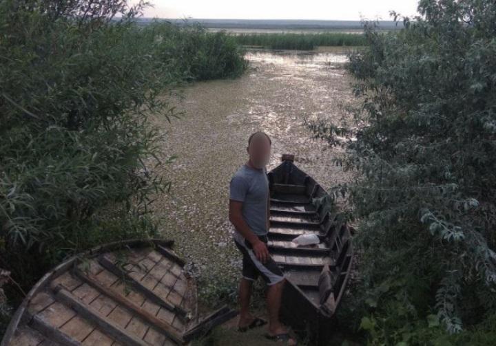 Побраконьерили и бросились бежать: рыбаки-нарушители обнаружены на границе (ФОТО, ВИДЕО)