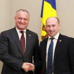 Додон поздравил Старикова с днем рождения: Всегда ждём Николая Викторовича в Молдове